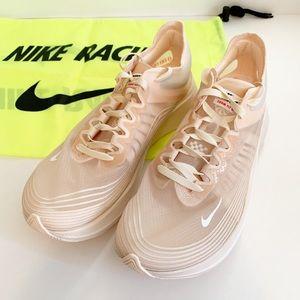 NWT Women's Nike Zoom Fly SP